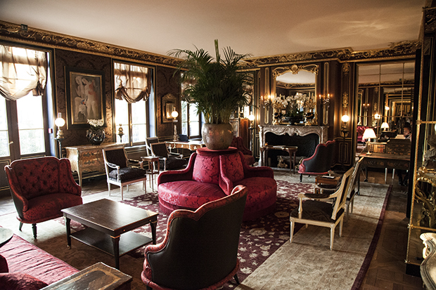 La reserve paris hotel the new classic paris social diary for Hotel reserver